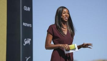 Maria Taylor Reacts to Radio Host who Criticized her 'MNF' Outfit