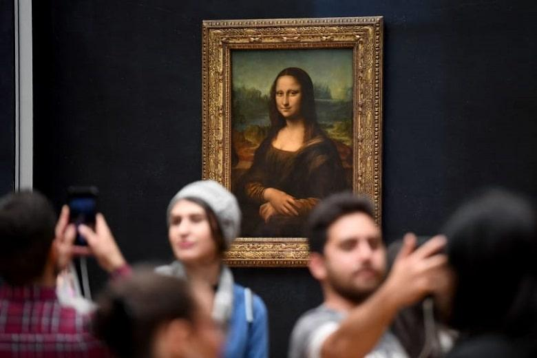 Mona Lisa - famous paintings in the world