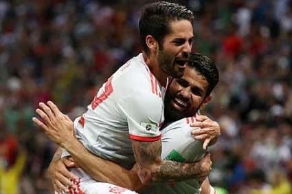 ES NOTICIA… Irán-España: La selección española sufre para ganar con un gol de rebote de Diego Costa
