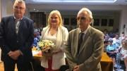 Carmen de Rosa con el Presidente de Lo Rat Penat y Fernando Millán. /informaValencia.com