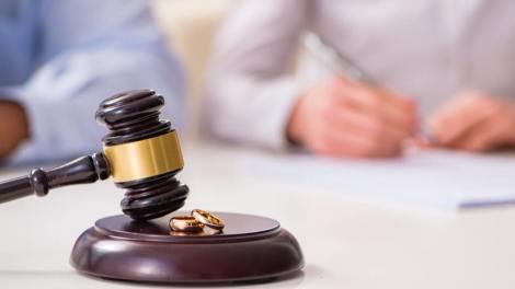 La Comunidad Valenciana es la tercera autonomía con una mayor tasa de disolución matrimonial en relación a la población censada a 1 de enero de 2019/OM