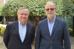 Los profesores Justo Aznar (I) y Julio Tudela/UCV