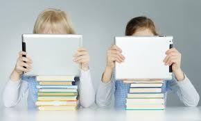 Los niños que leen libros electrónicos aprender más rápido/Img. informaValencia.com