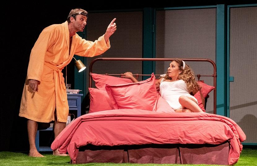 Lolita Flores y Luis Mottola en una escena de la obra/Img. Javier Naval