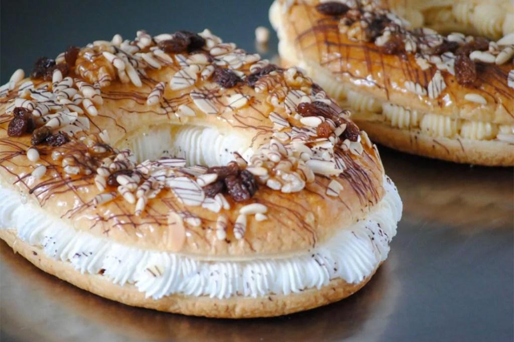 Los  tradicionales roscones de Reyes de hojaldre de Iesu Communio/Img. web Congregación