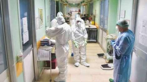 Graves imprevisiones del Gobierno ante el avance del coronavirus./Hospitales