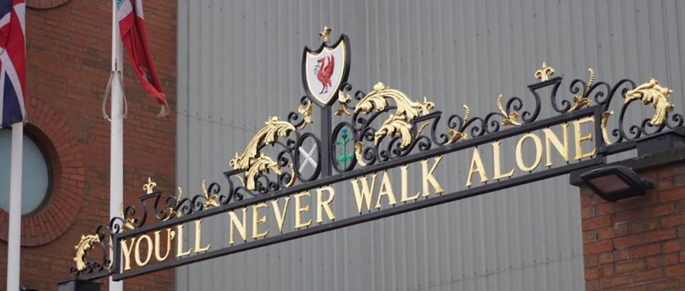 Entrada del estadio de Anfield Road en Liverpool.informaValencia.com