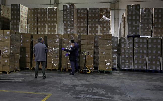 El material llegado a un almacén de la Generalitat. GVA