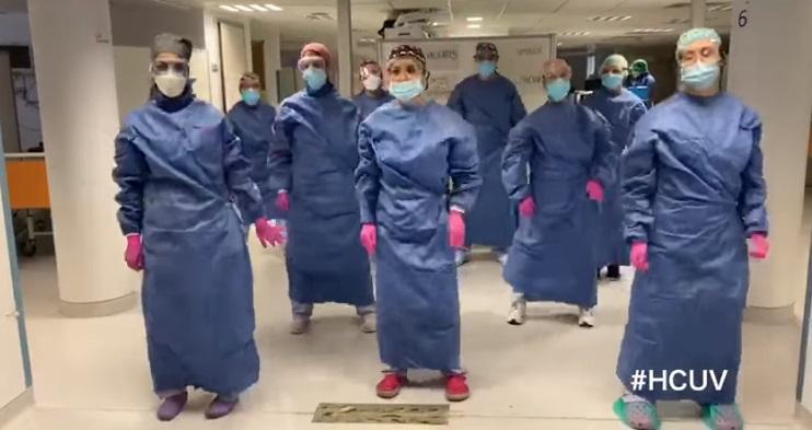 Como estas enfermeras del Clínico de Valencia, ellos, el personal sanitario, están ganando la batalla del coronavirus/informavalencia.com