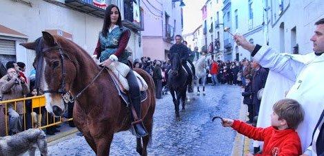 Festes a Sant Antoni Abat del Barri de l'Ermiteta d'Ontinyent/Img. L. Albert