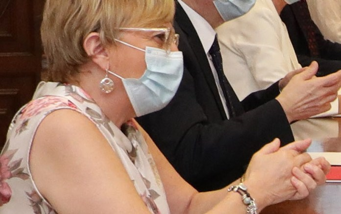 La consellera de Sanidad, Ana Barceló en primer término junto al presidente Puig./informaValencia.com