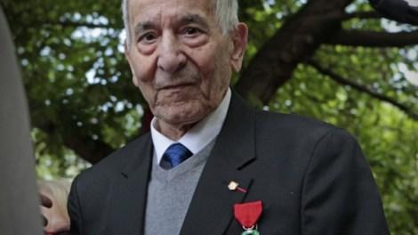 Juan Antonio González Pacheco,  más conocido como Billy el Niño, /LD
