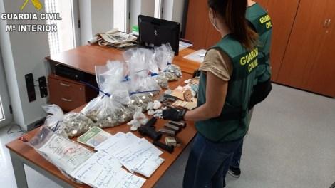 Imagen del material incautado en la Operación TADMIR/GC