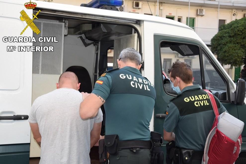 Momento de la detención de los asaltantes/Guardia Civil