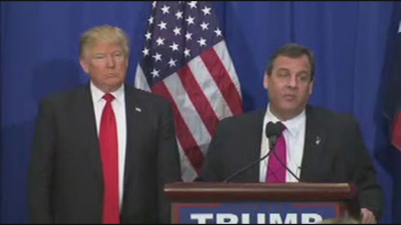 Christie and Trump-118809342