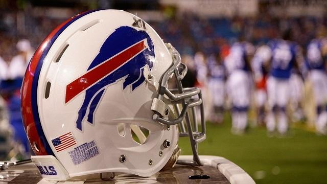 Buffalo Bills helmet _3704844801353786-159532