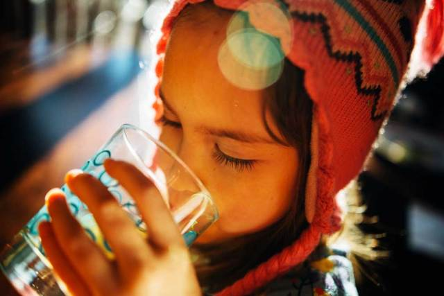 minum air antara gaya hidup sihat