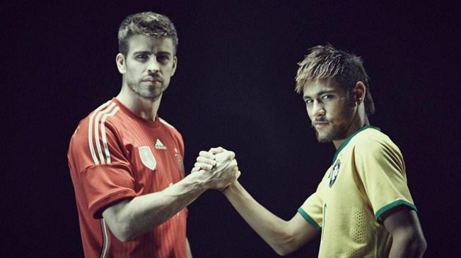 Poignée de main pour la paix lors des matches de la Coupe du Monde