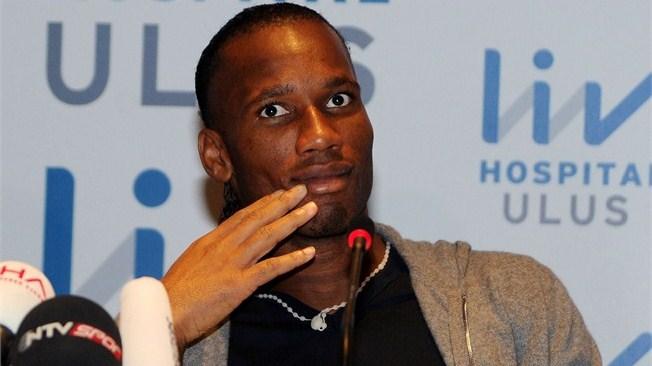 Drogba retrouve Mourinho à Chelsea