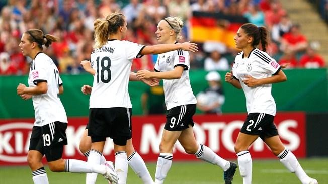 L'Allemagne trop forte pour le Canada (2:0)