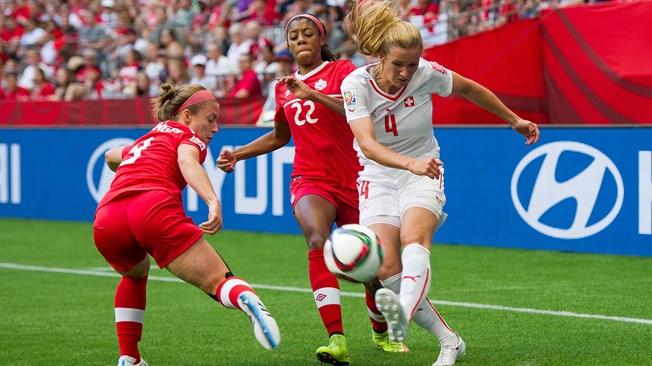 CDM Féminine 2015: Le Canada avance à petits pas (1:0)
