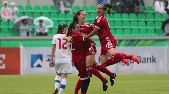 Le Canada passe en demi-finale aux universiades