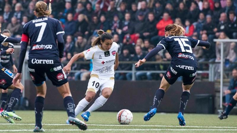 Rosengård et Slavia en tête