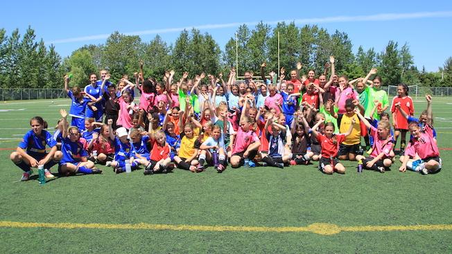 Festival de soccer féminin à Québec