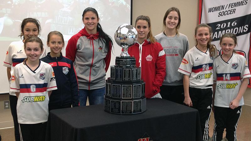 Des championnes à la rencontre des filles du club de l'ASCO!