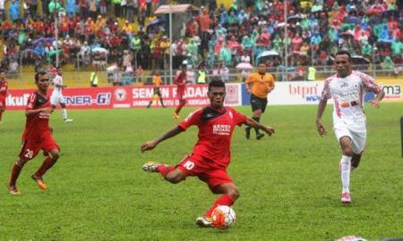 Vendry Moffu menjadi salah satu pencetak gol dalam pertandingan menghadapi Persipura