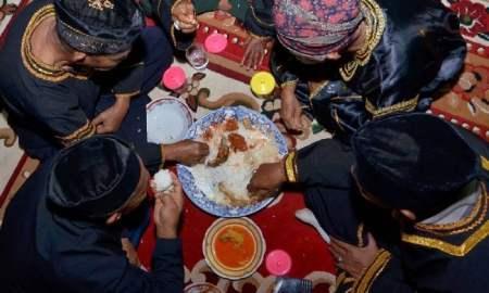 Makan Bajamba