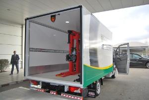 Euromaster Recibe El Nuevo Taller Mvil De Aguado Automocin