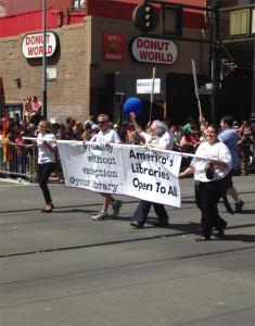 Parte del contingente de la ALA en el San Francisco Pride (2)