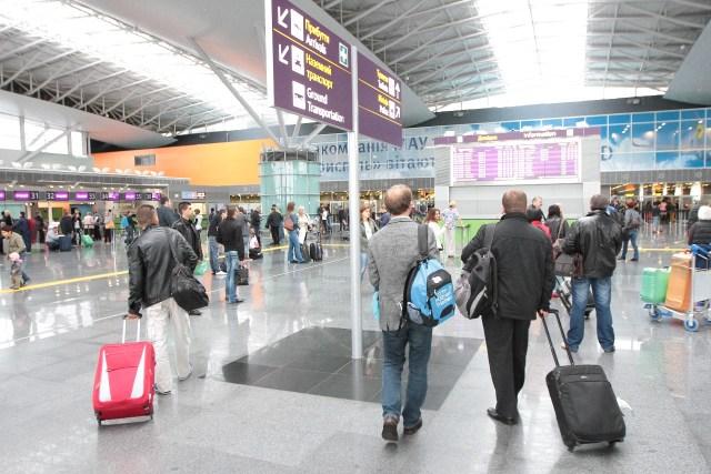Что будет с ценами на авиабилеты в Украине, после ввода сборов на вылет
