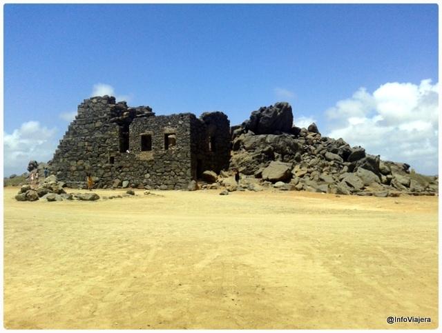 Aruba_Bushiribana_Ruinas_Minas_Oro