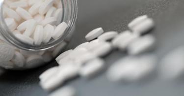 Für viele Fußballer gehört die Einnahme von Schmerzmittel zum Alltag. Foto: picture alliance / dpa-tmn