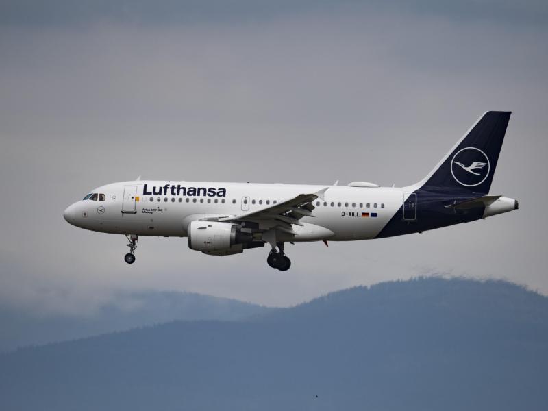 Das Rettungspaket für die Lufthansa soll Milliarden Euro umfassen. Foto: Boris Roessler/dpa