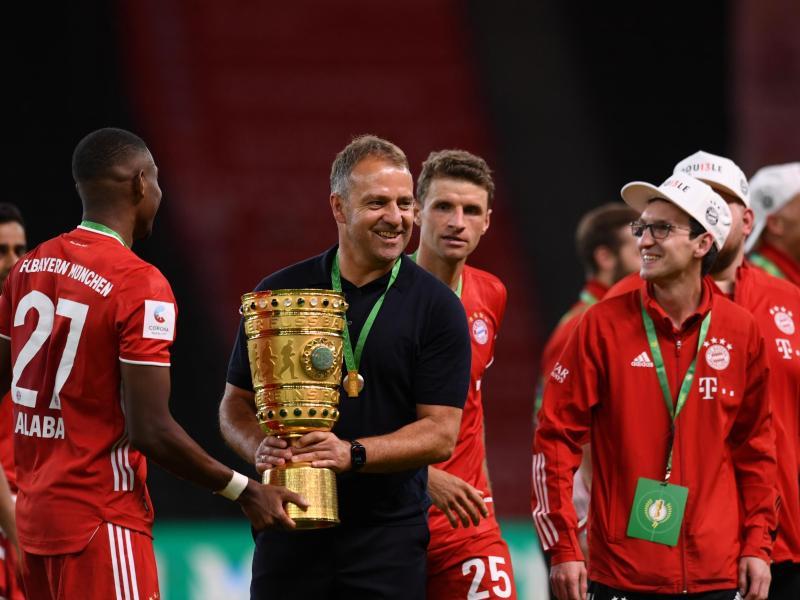 Belohnte seine Spieler mit einem Tag mehr Urlaub: Bayern-Coach Hansi Flick. Foto: Annegret Hilse/Reuters/POOL/dpa