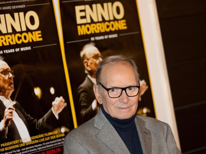Ennio Morricone ging auch im hohen Alter noch auf Tournee. Foto: Jörg Carstensen/dpa