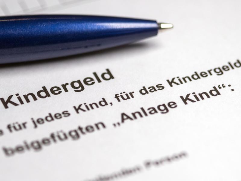 Das Kabinett will einen höheren Kindergeldsatz beschließen. Foto: Jens Büttner/ZB/dpa/Illustration