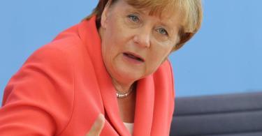 Bezeichnet die ansteigenden Zahlen von Corona-Infektionen in Deutschland als noch beherrschbar: Kanzlerin Merkel. Foto: Wolfgang Kumm/dpa
