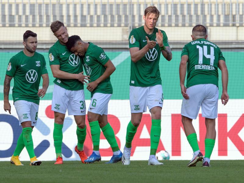Auch der VfL Wolfsburg wurde gegen den FSV Union Fürstenwalde seiner Favoritenrolle gerecht. Foto: Soeren Stache/dpa-Zentralbild/dpa