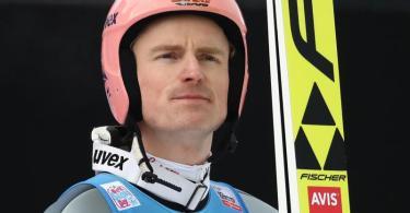Ist froh, dass die Skisprung-Saison trotz Corona-Krise stattfindet: Severin Freund. Foto: Daniel Karmann/dpa
