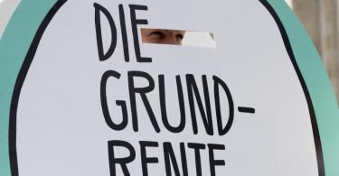Grundrente: Rund 1,3 Millionen Bürger mit kleiner Rente bekommen einen Aufschlag. Foto: Christoph Soeder/dpa