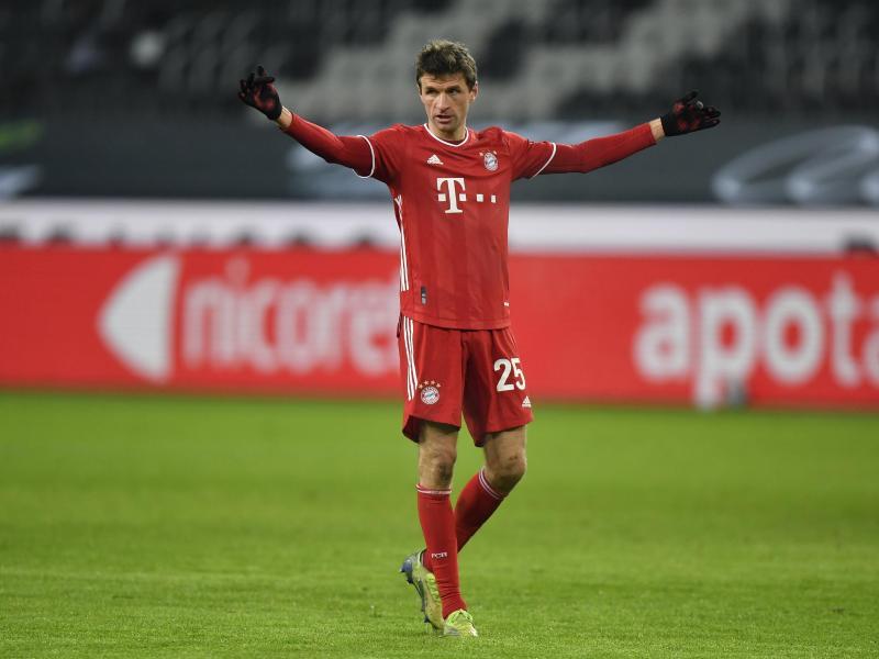 Die Bayern um Thomas Müller kassierten die zweite Saisonniederlage. Foto: Martin Meissner/AP/Pool/dpa