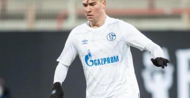 Feiert gegen Mainz sein Bundesligadebüt: Kerim Calhanoglu von Schalke 04. Foto: Andreas Gora/dpa-pool/dpa