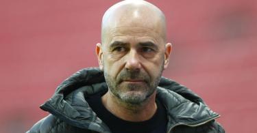 Peter Bosz braucht mit Bayer Leverkusen wieder Erfolge. Foto: Thilo Schmuelgen/Reuters/Pool/dpa