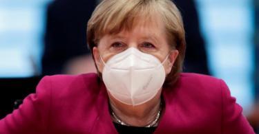 Die Ministerpräsidenten und Bundeskanzlerin Merkel hatten bei ihrer jüngsten Videoschalte beschlossen, dass die Kanzlerin und die Regierungschefinnen und Regierungschefs der Länder am 12. April erneut beraten. Foto: Hannibal Hanschke/Reuters/Pool/dpa