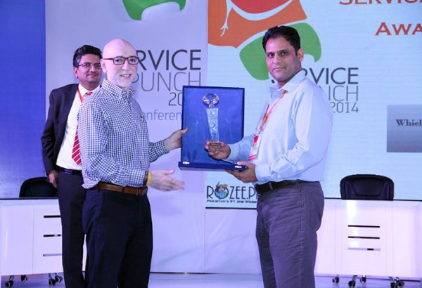 Customer_service_award_PTCL