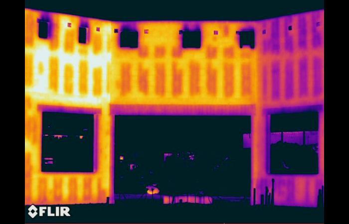 IR 0001 0 - Infrared Block Wall Scan